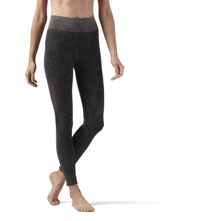 Reebok Women's Dance, Studio Washed Seamless Legging in Black