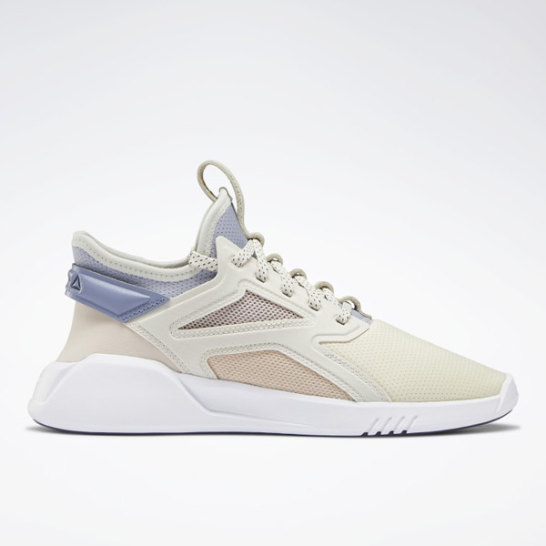 Reebok Freestyle Motion Women's Studio Shoes in Alabaster