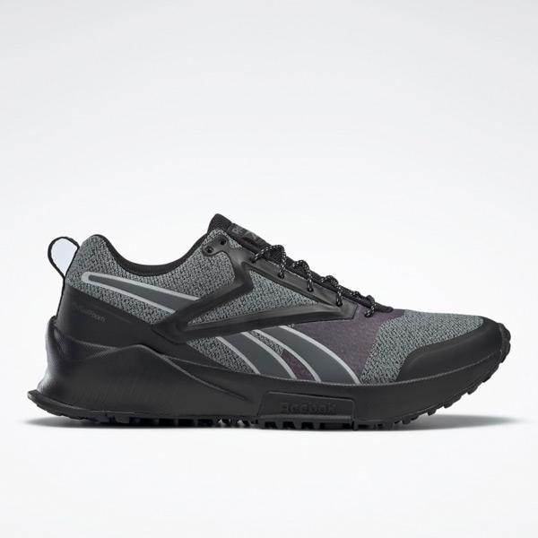 Reebok Lavante Women's Trail Running Shoes in Black / Grey