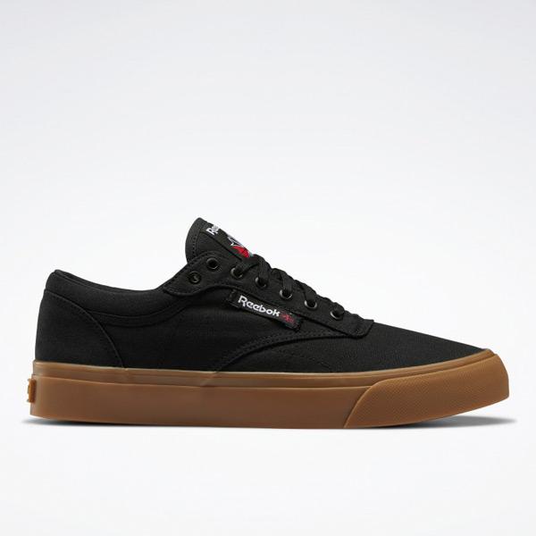 Reebok Unisex Club C Coast Court Shoes in Black / Gum