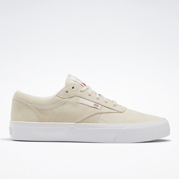 Reebok Unisex Club C Coast Court Shoes in Alabaster