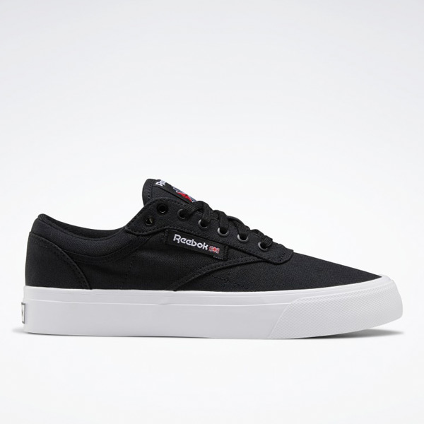 Reebok Club C Coast Women's Court Shoes in Black / White