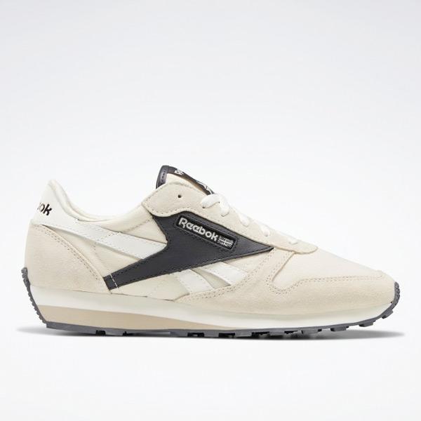 Reebok Unisex Classic Leather AZ Lifestyle Shoes in Alabaster White
