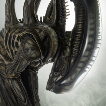 Alien Big Chap Alien Statue