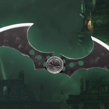 Batman: Arkham Asylum (2009) Metal Batarang DC Comics Replica