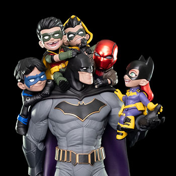 "Batman ""Family"" Q-Master DC Comics Diorama"