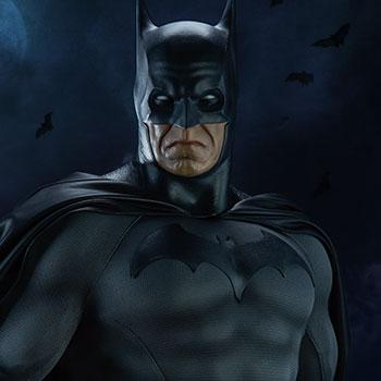 Batman DC Comics Legendary Scale™ Figure