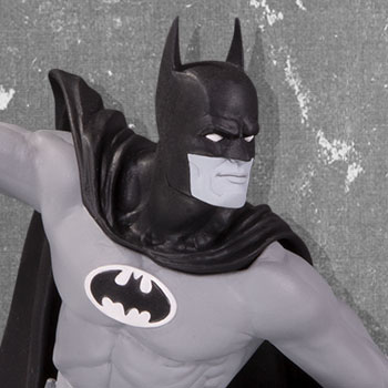 Batman DC Comics Statue - 1980