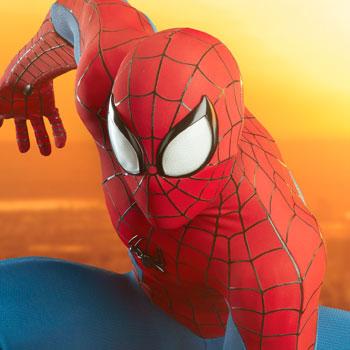Spider-Man Marvel Legendary Scale™ Figure