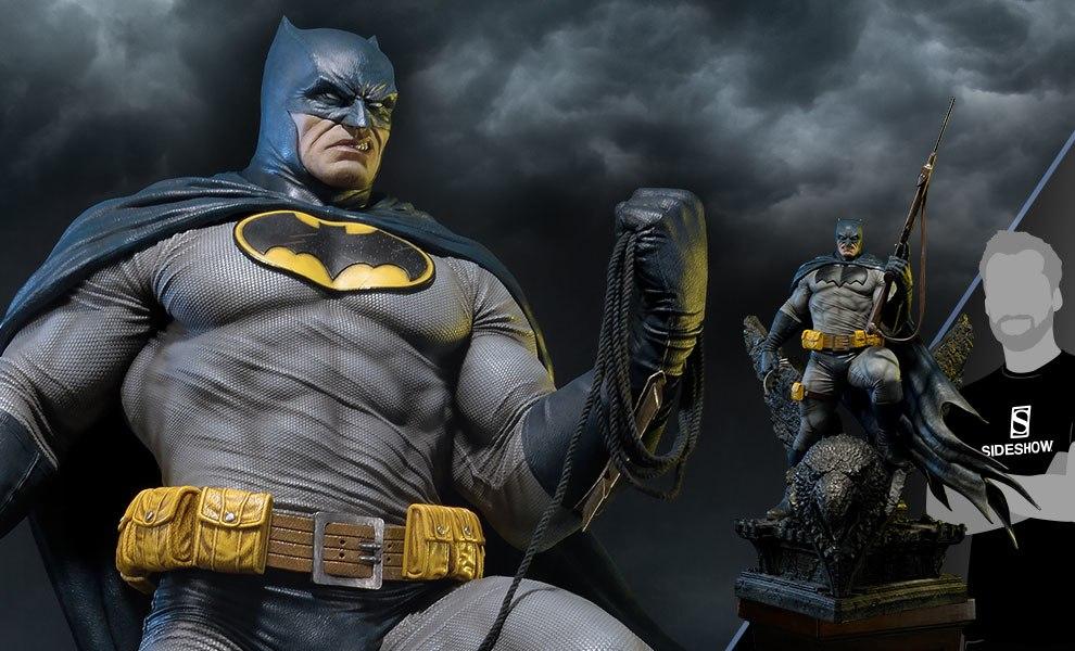 Batman Deluxe Version DC Comics Statue