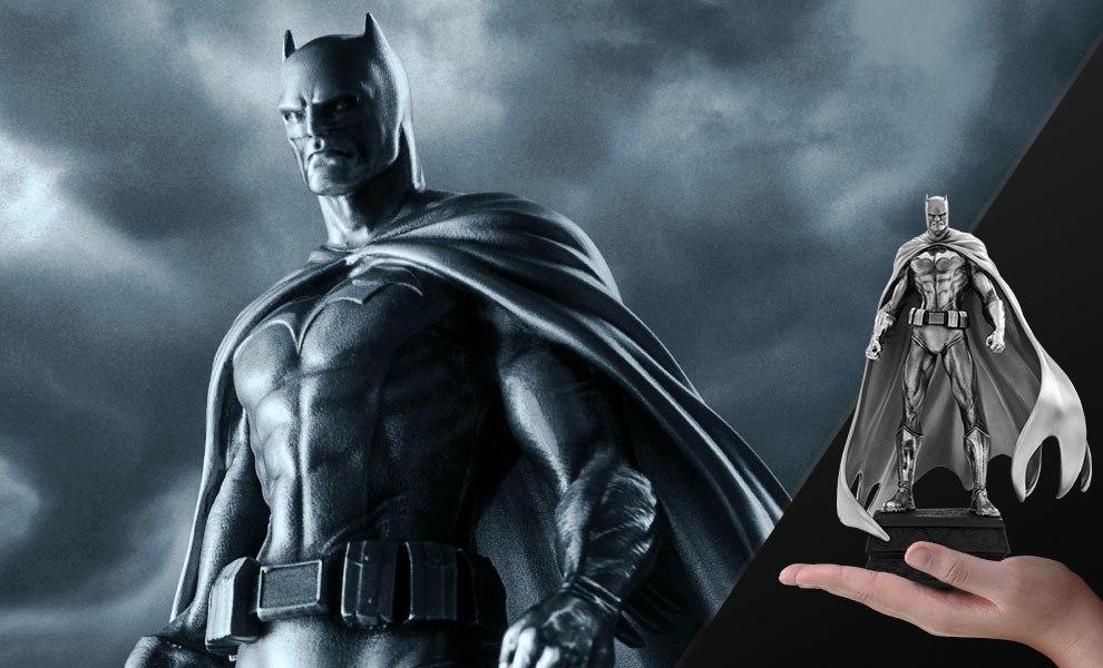 Batman Figurine DC Comics Pewter Collectible