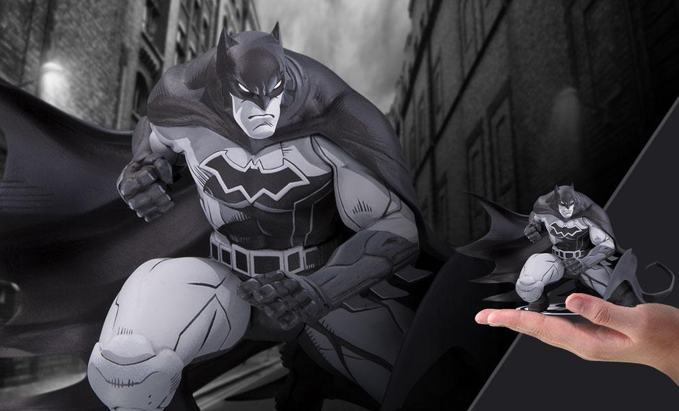 Batman DC Comics Statue - Justice League: Rebirth #1