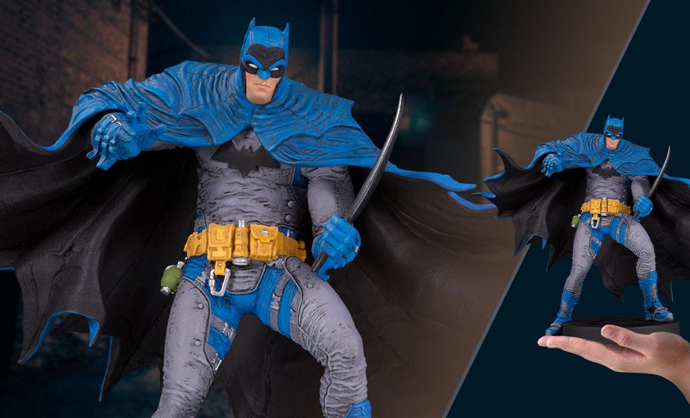 Batman DC Comics Statue - Sweeping Cape
