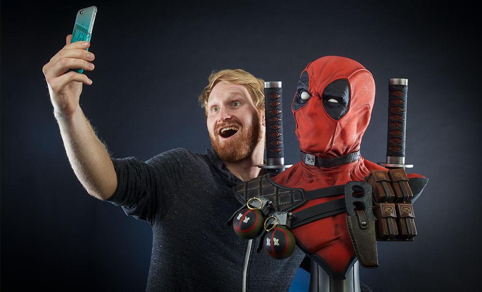 Deadpool Marvel Life-Size Bust