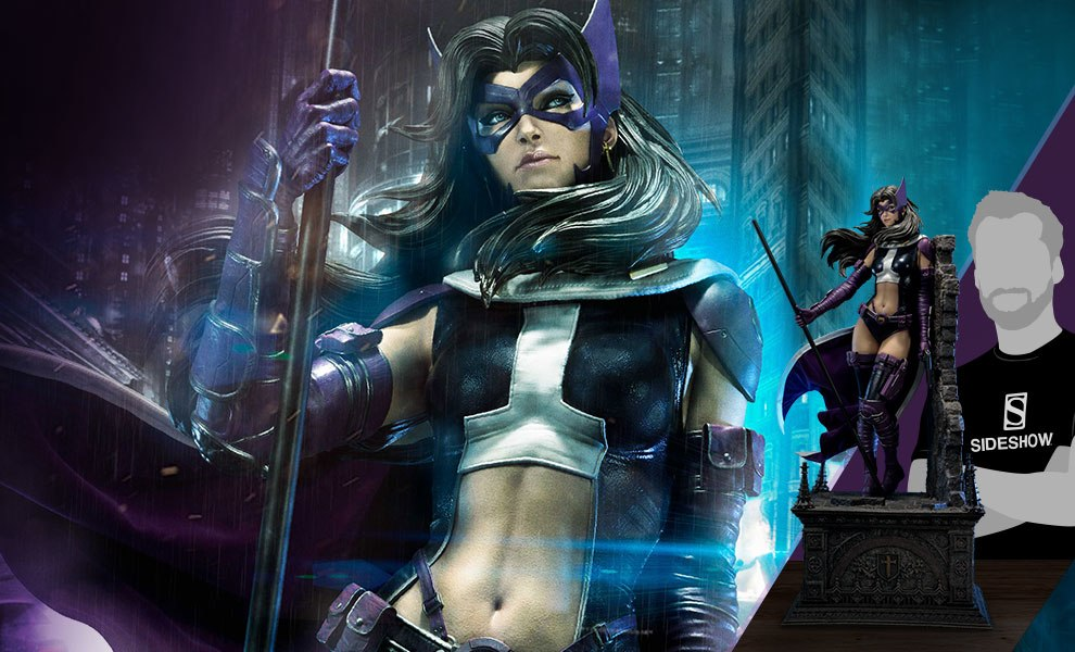 Huntress Fabric Cape Edition DC Comics Statue