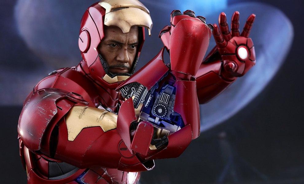 Iron Man Mark III Marvel Quarter Scale Figure