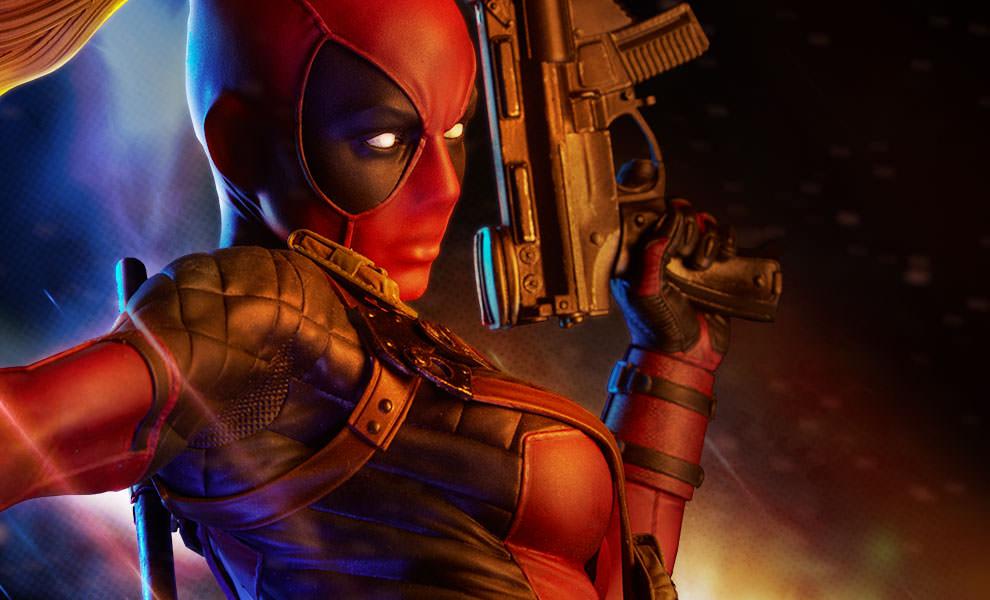 Lady Deadpool Marvel Premium Format™ Figure