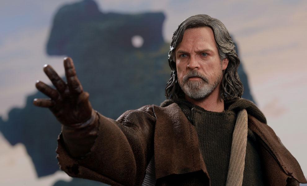 Luke Skywalker Star Wars Sixth Scale Figure - The Last Jedi