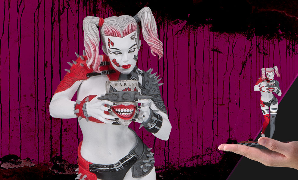 Metal Harley Quinn DC Comics Statue