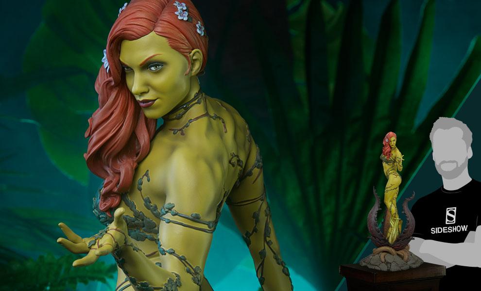 Poison Ivy DC Comics Premium Format™ Figure