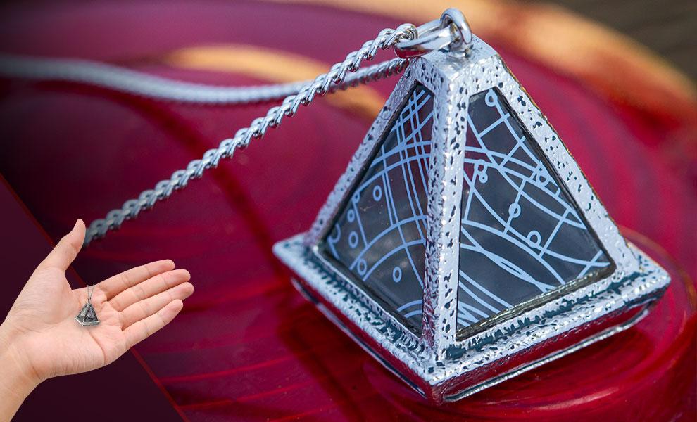 Wayfinder Necklace (White) Star Wars Jewelry