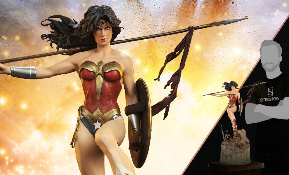Wonder Woman DC Comics Premium Format™ Figure - Justice League
