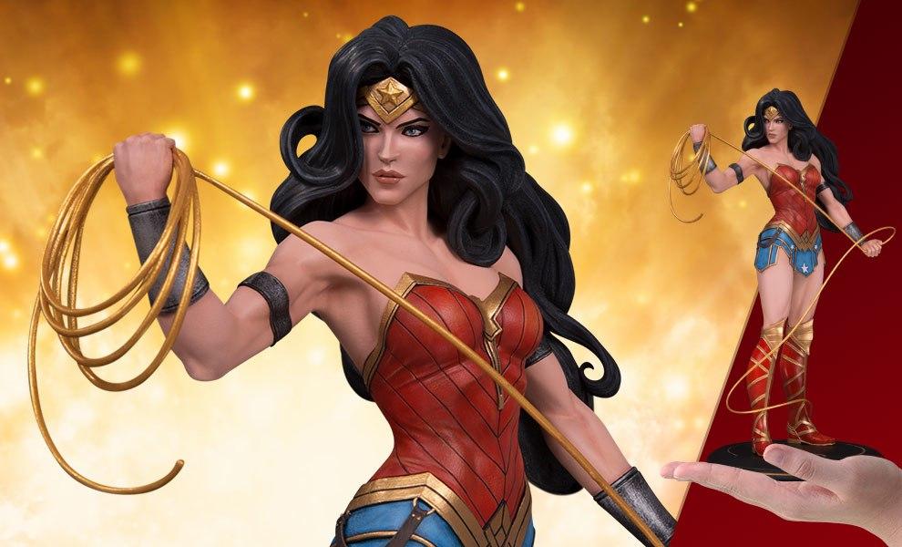 Wonder Woman DC Comics Statue - DC Cover Girls