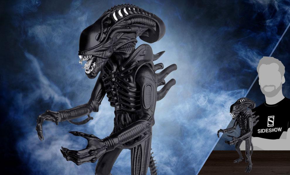 Xenomorph Matte Black 18in Aliens Figure