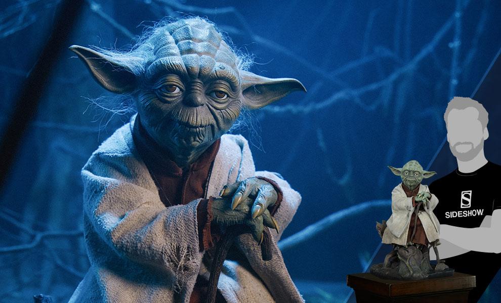 Yoda Star Wars Legendary Scale™ Figure