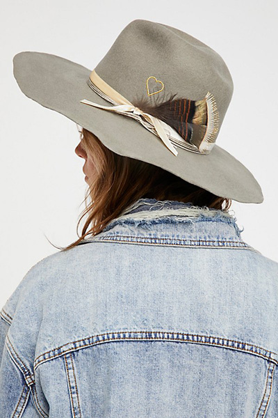 Van Palma Jimi Heart Embroidered Wool Hat