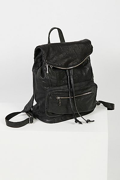 "Pelechecoco Edgy Backpack ""Bow"""