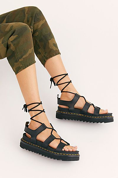 "Dr. Martens Flatform Sandals ""Nartilla"""