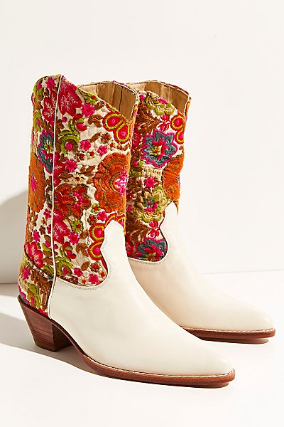 """Embroidered Bohemian Western Boots """"Selina"""""""