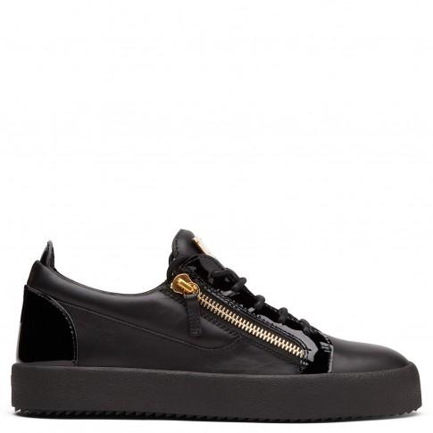 "Giuseppe Zanotti Sneakers ""Nicki"" Women's Black Low Tops"