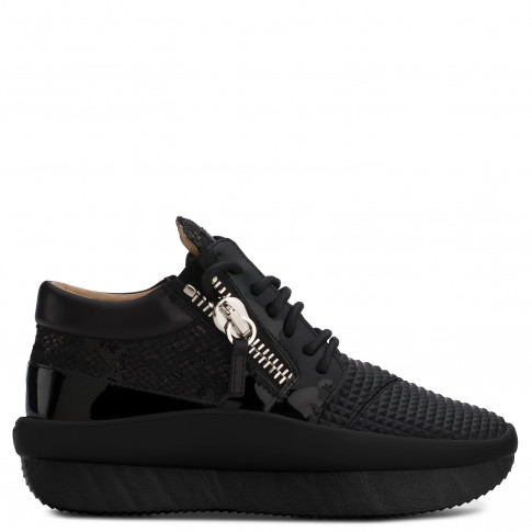 Giuseppe Zanotti - BUSTER RUNNER - Black Printed And Glitter Fabric Women's Low-Top Sneaker