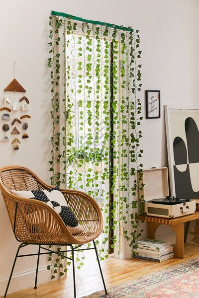 Green Vine Curtain