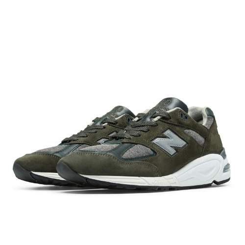 New Balance 990 Age of Exploration Men's Made in USA Shoes - Olive / Grey (M990DSU2)