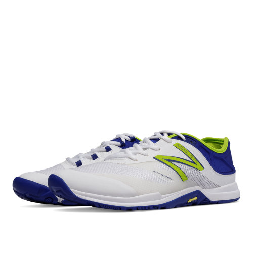 mens new balance minimus 20v5