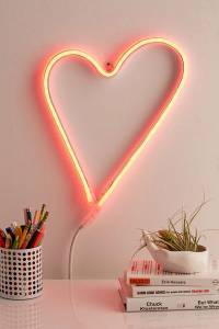 Neon Mfg. LED Red Heart Sign Wall Decor