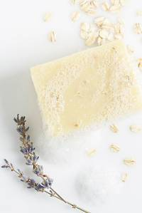 "Lulu Organics Soap ""Lavender Oatmeal"""