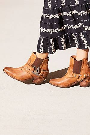 "Understated Leather Western Ankle Boots ""Lady Luck"""