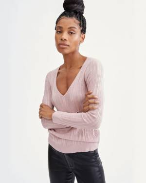 7 For All Mankind Long Sleeve Scoop Neck Pullover in Smokey Rose