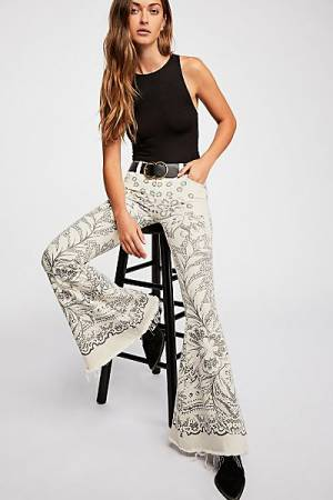 "Free People Super Flare Jeans ""Festival Boho-Chic"" Denim"