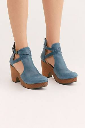 "Free People Clogs ""Cedar"""