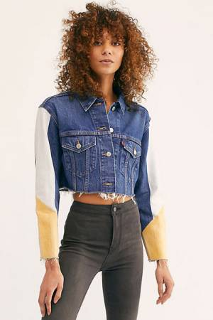 "Levi's Denim Jacket ""Cutoff Crop"""