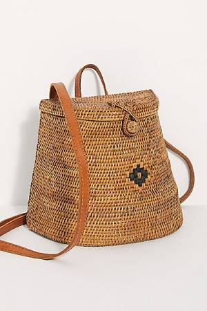 "Straw Studios Backpack ""Beach Strolling"""