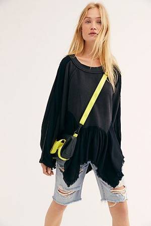 "Free People Pullover ""Black Gold Duster"""