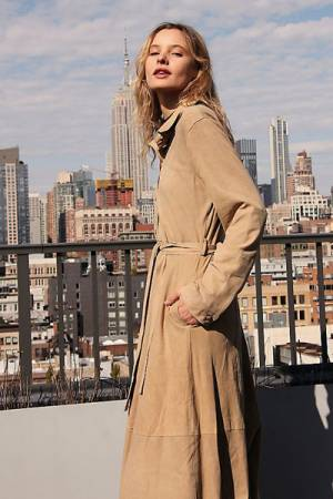 "Brenda Knight Trench Coat ""Safari"""