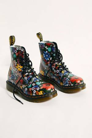 """Dr. Martens Boots """"1460 Pascal Wanderlust"""""""