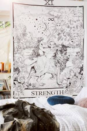 "Tarot Tapestry ""The Strength"""
